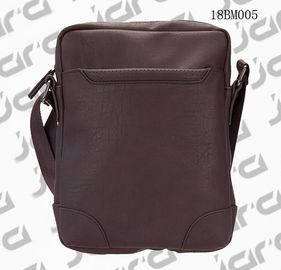 China Brown Cross Shoulder Mens Fashion Bags , Waterproof Cross Body Bag In PU supplier